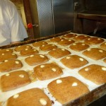 Hier kommen die frischen Lebkuchen aus dem Ofen.