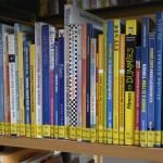 Rund 400 Bücher zum Thema Fitness kann man in der Stadtbibliothek ausleihen. Foto: BSM