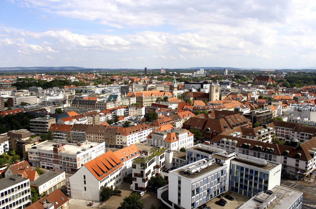 Blick vom Südturm der Kirche St. Andreas auf Braunschweig