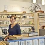 Monika Szpiech hinter dem Tresen. Sie steht voll und ganz hinter dem Eco Food-Konzept. Foto: BSM