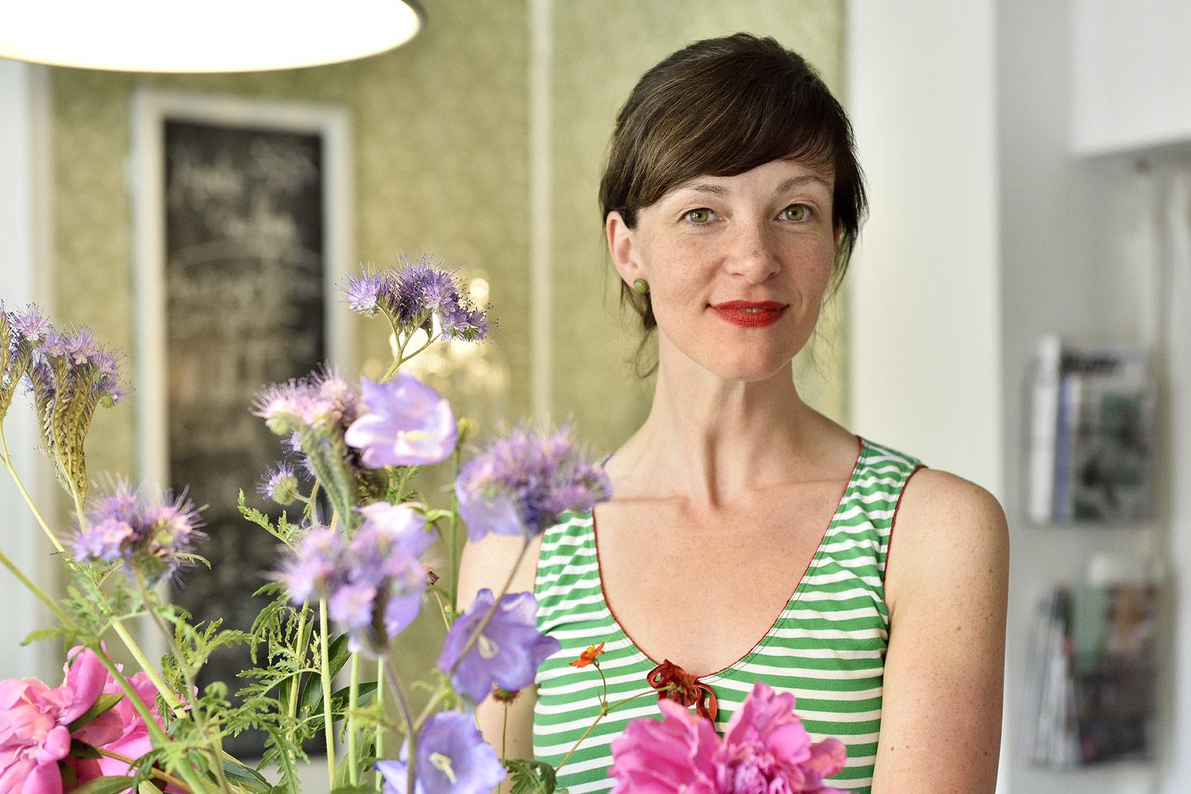 Mit Herzlichkeit und viel Liebe zu Detail schafft es Doreen Heuer, dass sich die Gäste wie zu Hause fühlen. Foto: BSM/Daniel Möller