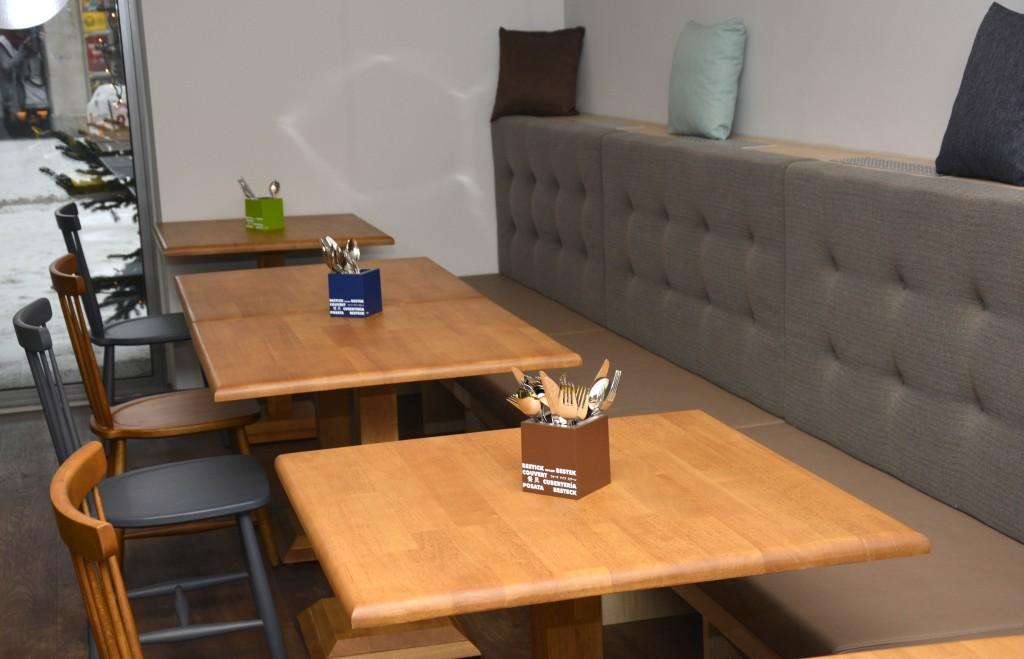 Im Deli Circle gibt es viele verschiedene Sitzmöglichkeiten.  Foto: Braunschweig Stadtmarketing GmbH