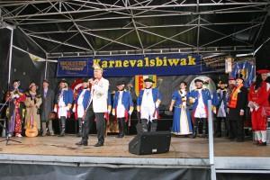Buntes Bühnenprogramm auf dem Kohlmarkt: Beim Biwak beginnt für die Braunschweiger Bürger der Karneval. Foto: Komitee Braunschweiger Karneval
