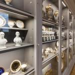 """Der Ausstellungsraum """"Porzellan und Keramik""""."""