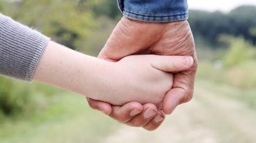 Mit Hand und Herz für die vergessenen Kinder
