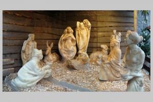 Die Krippenfiguren auf dem Braunschweiger Weihnachtsmarkt 2010. Foto: Dr. Josef Temming
