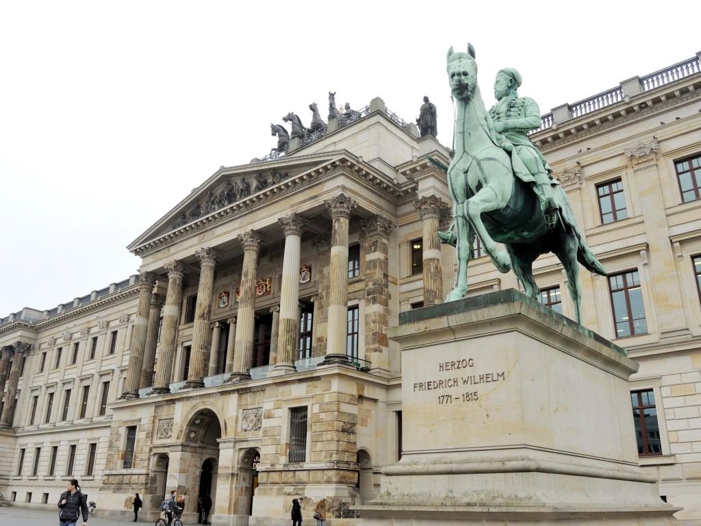 Das Schloss beherbergt städtische Institutionen der Stadt Braunschweig. Foto: BSM