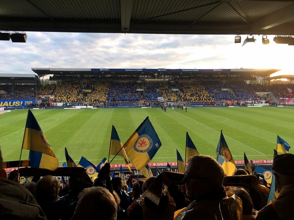 Das Stadion ist nicht nur für die Mannschaft ein zweiten Zuhause, sondern auch für die Fans.