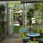 Ungewöhnlich und schön ist das Ambiente im Café Flora. Foto: BSM