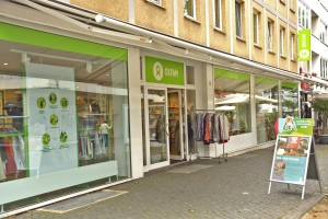 Den Oxfam Shop in Braunschweig gibt es mittlerweile seit 10 Jahren. Foto: BSM