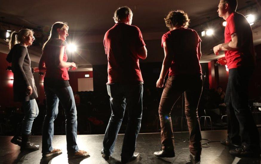 Beim Improvisationstheater im KULT kann das eigene Schauspieltalent getestet werden. Foto. 4gewinnt