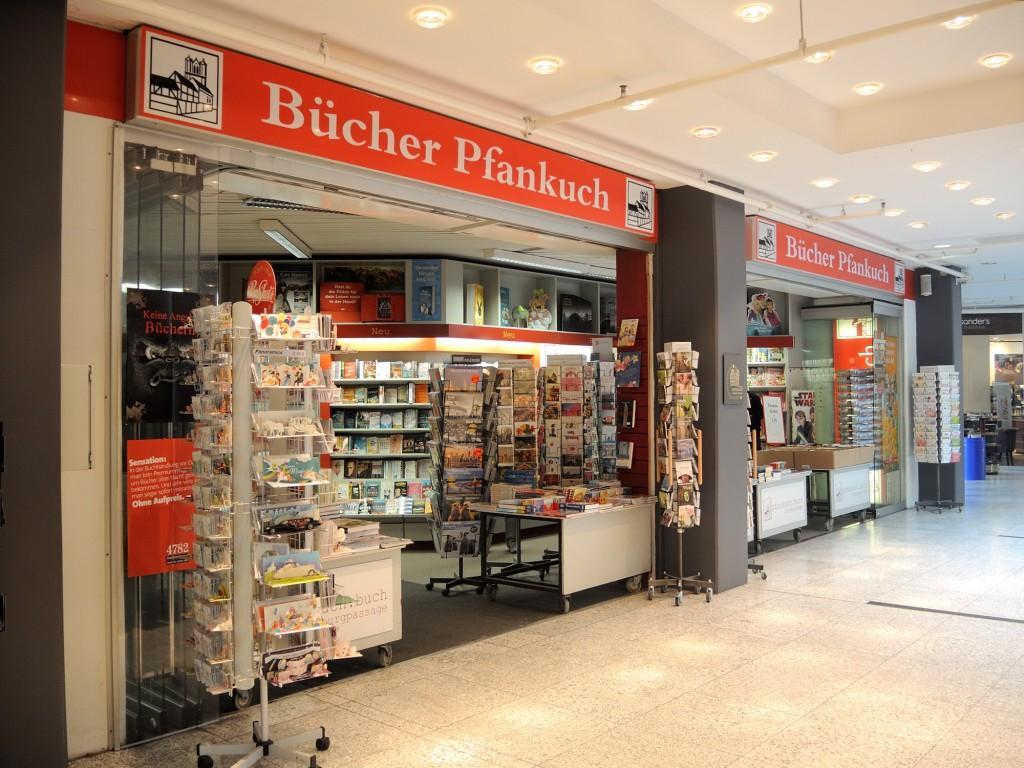 Bei Pfankuch gibt es eine große Auswahl an Bestsellern auf zwei Etagen. Foto: BSM