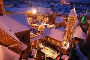 """Tolle Aussicht und interessante Details über die Löwenstadt und den Weihnachtsmarkt: Die Stadtführung """"Blick vom Rathausturm"""""""