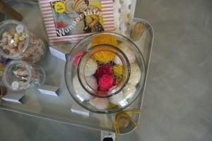 Bei Honigbaum gibt es selbstgemachte Pom Poms zu kaufen. Foto: BSM