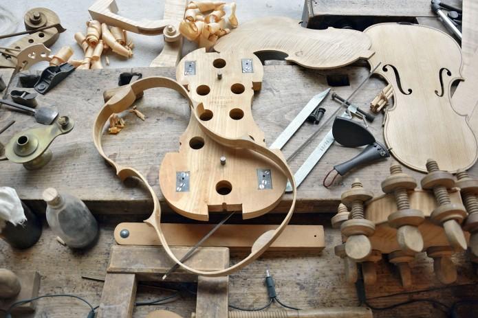 Schaufenster Rautmann Geigenbau