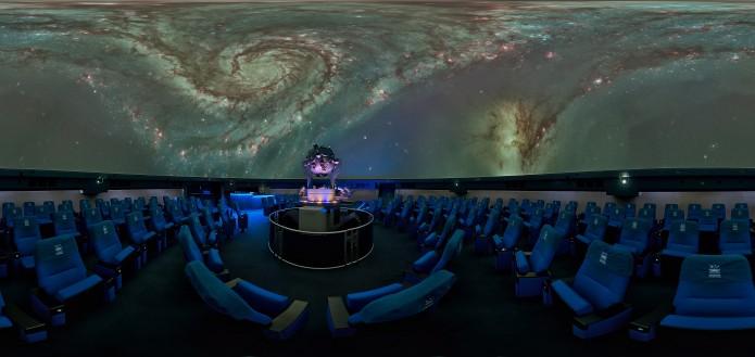 das Planetarium in Wolfsburg entführt in andere Galaxien.  Foto: Planetarium/ Jens Aschenbruck