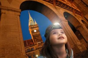 """Spannende Details und Geschichten gibt es bei der Kinderführung """"Durch das nächtliche Braunschweig"""". Foto: BSM"""