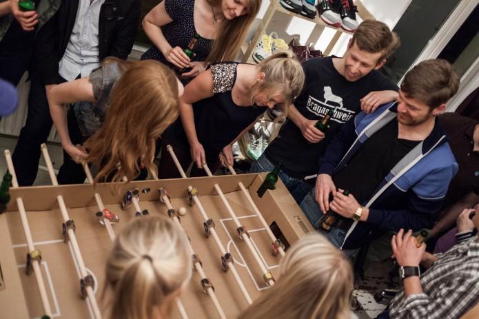 Nachhaltiger Spielspaß mit Kartoni: Foto: Kickpack
