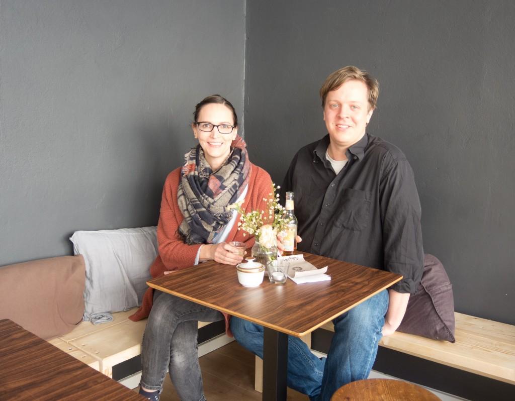 Jennifer und Alexander von Krosigk haben ein eigenes Café eröffnet und sich damit einen Herzenswunsch erfüllt. Foto: BSM