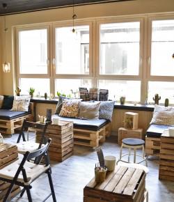 Café Drei im Handelsweg Zwei