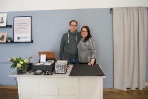 Ellinoora Neitola und Kevin Pape sind jetzt glückliche Ladenbesitzer. Foto: BSM