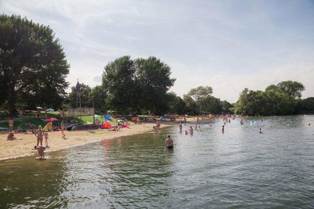 Badespaß für groß und klein wartet am Salzgittersee. Foto: Stadt Salzgitter/Andre Kugellis