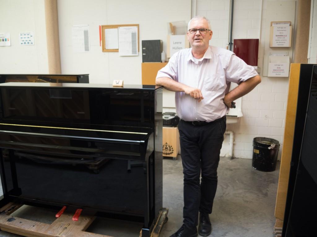 Charles Wegner hat als Sales Manager einen Überblick über die Produktion und den Verkauf bei Grotrian-Steinweg. Foto: BSM