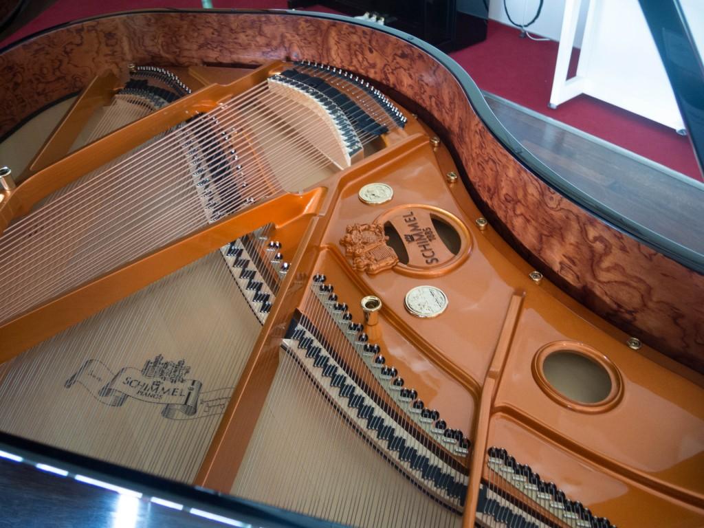 Innovationen gab es bei beiden Klavierbauern seit Anbeginn. Foto: BSM