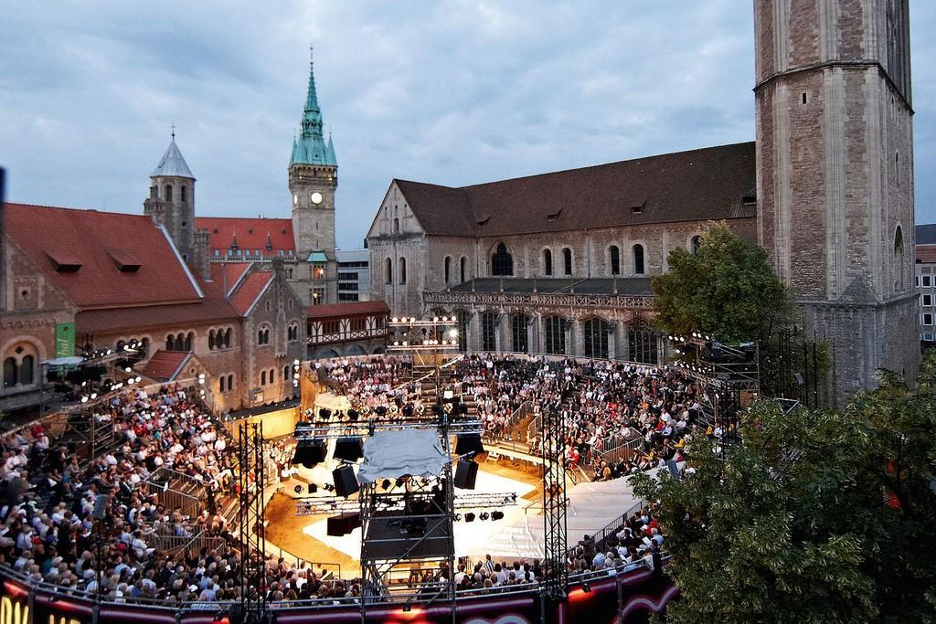 Das Burgplatz Open Air ist der kulturelle Höhepunkt im Sommer in der Löwenstadt. Foto: Bernd Karwasz.
