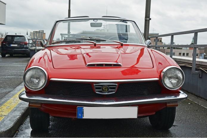Ein echter Blickfang in Rot: der Glas GT 1700. Foto: BSM