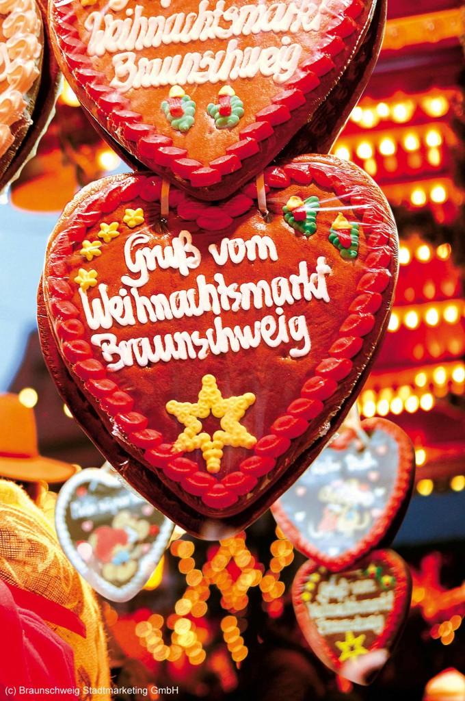 Lebkuchenherz mit Schriftzug: Grüße vom Weihnachtsmarkt Braunschweig
