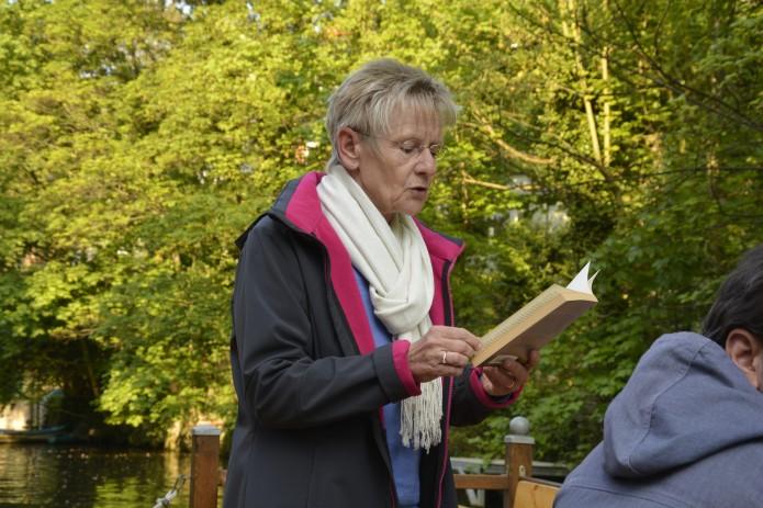 Mord auf der Oker-Autorin Birgit Lautenbach bei einer Lesungsfahrt