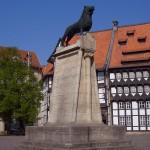 Seit 1980 steht auf dem Burgplatz eine Kopie des Löwen. Foto: BSM / Sascha Gramann