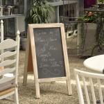 Herzlich willkommen im Café Flora. Foto. BSM