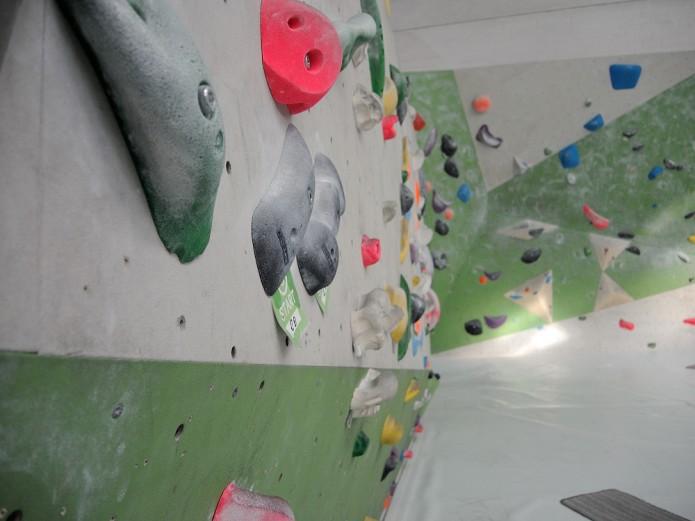 Das Greifhaus bietet genug Platz zum Auspowern an der Boulderwand. Foto: BSM
