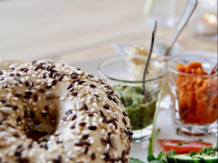 Café BRUNS Bagel-Frühstück. Foto: BSM